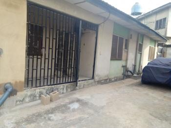 Newly Renovated 2 Bedroom, Ojodu, Lagos, Flat / Apartment for Rent