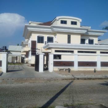 Exquisite Corporate Block of 5 Luxurious Apartments, Off Admiralty Road, Lekki Phase 1, Lekki, Lagos, Flat / Apartment for Rent
