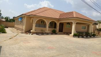 4 Bedroom Detached Bungalow with 3 Units of Bq, Elebu, Ibadan, Oyo, Detached Bungalow for Sale