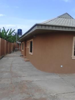 New, Exquisitely Finished 2 Bedroom, Close to Nuj Press Centre, Iyaganku Gra, Ibadan, Oyo, House for Rent