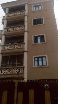 Nice 3 Bedroom, Off Itire Road, Ojuelegba, Surulere, Lagos, Flat / Apartment for Rent