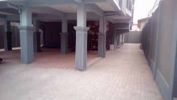 a Lovely Luxury 3br Flat @ Mainland Yaba Lagos, Yaba, Lagos, Flat / Apartment for Rent