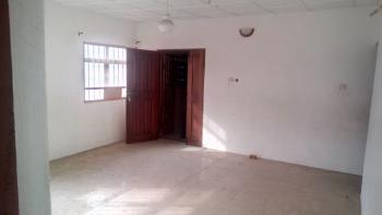 a Lovely Big 3br Flat @ Onike Yaba Lagos, Onike, Yaba, Lagos, Flat / Apartment for Rent