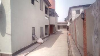 a Lovely Clean 3br Flat @ Sabo Yaba Lagos, Sabo, Yaba, Lagos, Flat / Apartment for Rent