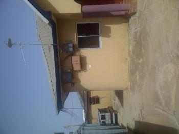 3 Bedroom and 2 Bedroom, Angwa Sunday Arel, Kaduna South, Kaduna, Flat for Sale