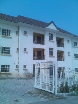 Service Apartment, Gwarinpa Estate, Gwarinpa, Abuja, Flat / Apartment for Rent