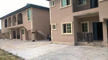 2 Bedroom Flat, Oko-ado Area, Before Splash Bar, After Happyland Estate, Lekki-epe Expressway, Sangotedo, Ajah, Lagos, Flat / Apartment for Rent
