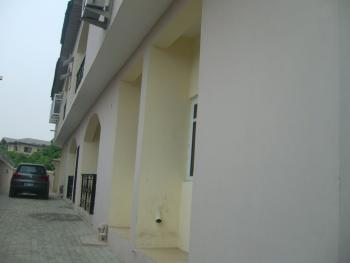 Renovated 3 Bedroom Flat, Badore, Ajah, Lagos, Flat for Rent