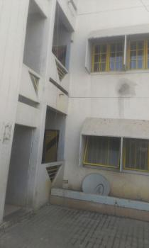 Serviced Newly Renovated 2 Bedroom Flat, Wuse 2, Abuja, Flat / Apartment for Rent