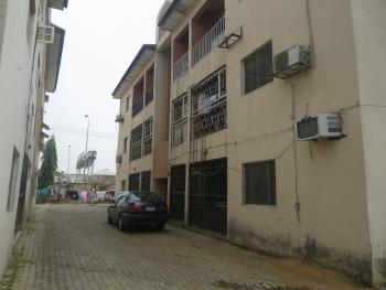 Old 2 Bedroom, National Assembly, Utako, Abuja, Flat / Apartment for Sale
