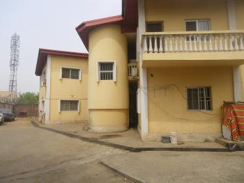 Used 2 Bedroom, Utako, Abuja, Flat for Rent