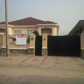 Lovely Wing of 5 Bedrooms, Lekki Phase 1, Lekki, Lagos, Semi-detached Duplex for Rent