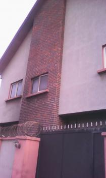 8 Bedrooms Guest House, Marsha, Masha, Surulere, Lagos, Hotel / Guest House for Sale