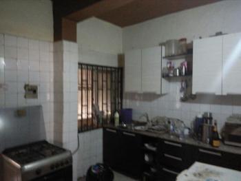 2 Bedroom Flat @ Moore Road Yaba for Sale @ 20m, Along Moore Street, Yaba, Lagos, Flat / Apartment for Sale