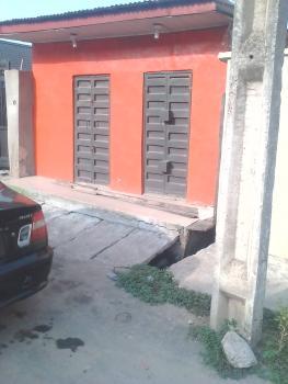 a Lovely Nice Shop @ Unilag Junction Yaba, Off Unilag Junction, Yaba, Lagos, Shop for Rent