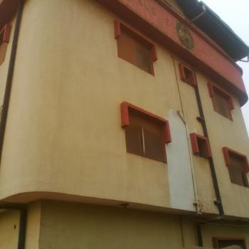 Nice 3 Bedroom Flat, Mafoluku, Oshodi, Lagos, Flat for Rent