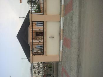 5 Bedroom Bungalow, Bendel Estate, Warri, Delta, Semi-detached Bungalow for Sale