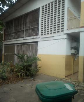 Renovated 3 Bedroom Flat, Ilupeju Estate, Ilupeju, Lagos, Flat / Apartment for Rent