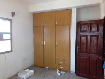 Lovely, Spacious, Clean 3 Bedroom Flat, Bornoway Adekunle, Yaba, Lagos, Flat / Apartment for Rent