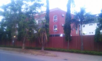 Luxury 3 Bedroom Apartment with 1-room Domestic Quarters, Beira Crescent Off Adetokunbo Ademola Crescent, Wuse 2, Abuja, Flat for Rent