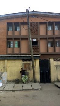3 Bedroom Flat, Fadeyi, Shomolu, Lagos, Flat / Apartment for Rent