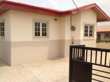 3 Bedroom Bungalow, Magboro, Ogun, Semi-detached Bungalow for Sale