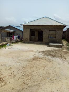 3 Bedroom, Olaimam, Igbolomu, Owutu, Ikorodu, Lagos, House for Sale