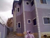 Newly Renovated Luxury 3 Bedroom Apartment, Adeoni Estate., Ojodu, Lagos, Flat for Rent