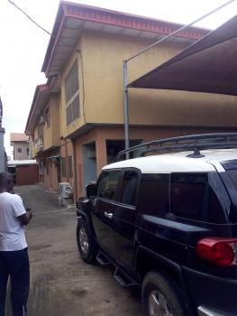 5 Bedrooms Semi-detached House, Felly Akwununna Street, Ago Palace, Isolo, Lagos, Semi-detached Duplex for Sale