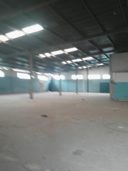 4 Bay Warehouse of 9,100sqft (separate Compound), Ilupeju Industrial Scheme, Ilupeju, Lagos, Warehouse for Rent
