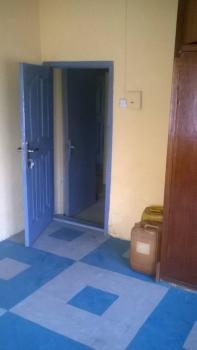 Decent 3 Bedroom Flat, Agbebi Road, Ijesha, Lagos, Flat for Rent