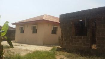2 Bedroom En Suite Flat & 4 Bedroom Uncompleted Duplex on 1121sqm Land, Okebadan Estate, Akobo, Ibadan, Oyo, Detached Bungalow for Sale