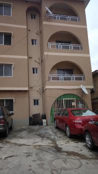 3 Bedroom Flat, Off Isaac John, Jibowu, Yaba, Lagos, Flat for Rent
