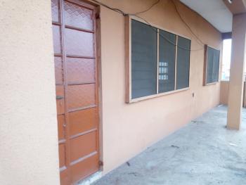 Very Big 4 Bedroom, Akoka, Yaba, Lagos, Flat for Rent