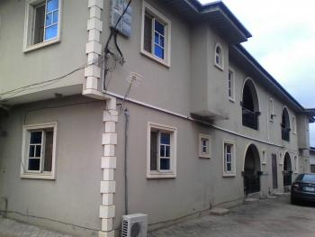 Executive 3 Bedroom, Opposite 4gate Hotel, Alagbole. Close to Mr Biggs, Ojodu, Lagos, Flat for Rent