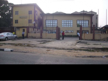 a 2 Storey Building on 890 Sq, Facing The Expressway, Obanikoro Bustop Stop, Anthony, Maryland, Lagos, Plaza / Complex / Mall for Sale