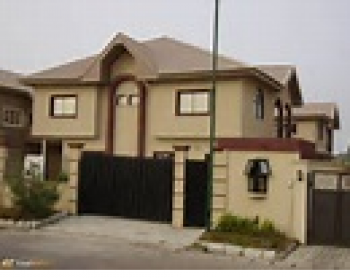 3 Bedroom, Off Luth Road, Off Agoro, Ilasamaja, Mushin, Lagos, Self Contained (studio) Flat for Rent