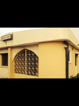 Luxury 6 Bedroom Flat with Excellent Facilities, Kwara Poly Road/uith Road, Ilorin South, Kwara, Detached Bungalow for Sale