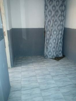 Clean Luxury Room Self with Parking Space, Onike, Yaba, Lagos, Self Contained (studio) Flat for Rent