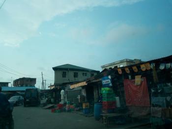 370sqm (55 By 75) Land, Eyinogun Street, Mafoluku, Oshodi, Lagos, Residential Land for Sale