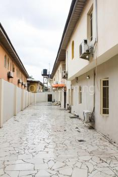 3 Bedroom Apartment, Shonibare Estate, Maryland, Lagos, Flat for Rent