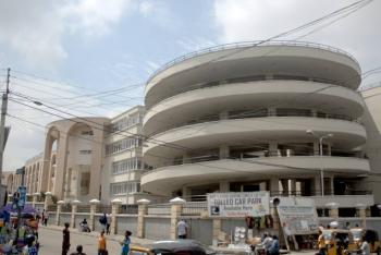Shop, Tejuosho Street, Barracks, Surulere, Lagos, Commercial Property for Rent
