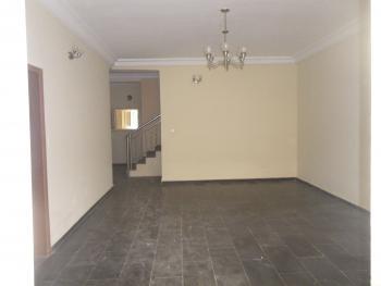 4 Bedroom in an Estate, Jabi, Abuja, Terraced Duplex for Rent