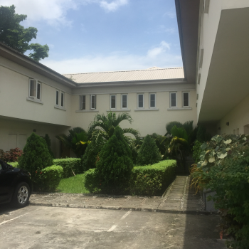 Luxury 3 Bedrooms Town House Within a Serviced Complex, Off Admiralty Estate Way, Lekki Phase 1, Lekki, Lagos, Terraced Duplex for Rent