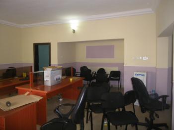 Office Space 3 Bedroom, Utako, Abuja, Flat for Rent