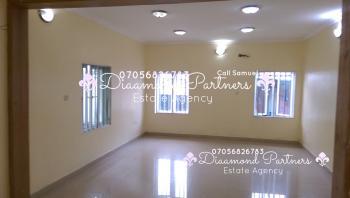2 Bedroom Flat  Lekki Phase 1, Off Adebayo Dohathy, Lekki Phase 1, Lekki, Lagos, Flat for Rent