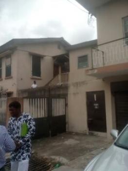 3 Bedroom Flat, Off Akerele Road, Surulere, Lagos, Flat for Rent