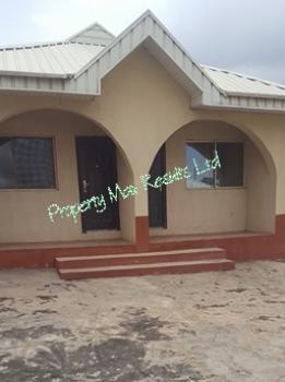 Units of Self Contained Apartment, Osanaiye Crescent, Agodi Gra, Agodi, Ibadan, Oyo, Semi-detached Bungalow for Rent