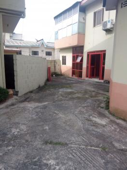 Office Space Along Busy Road in Magodo, on Cmd-jubilee M Road, Magodo, Lagos, Office Space for Rent