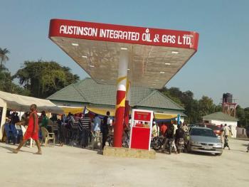 a Well Developed Petrol Station, Lokoja-abuja Way, Lokoja, Kogi, Filling Station for Sale